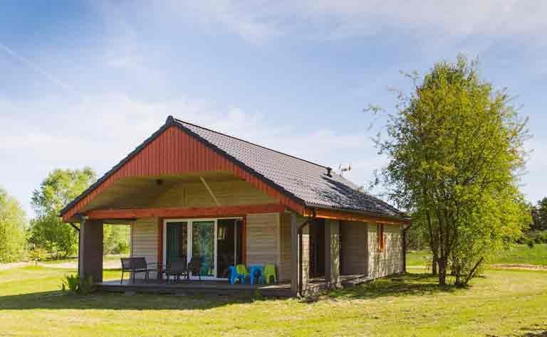 Bungalow - modernes Ferienhaus am See